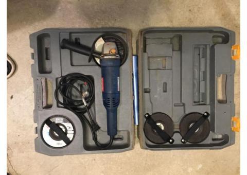"""Ryobi 4-1/2"""" Angle Grinder Kit AG451"""