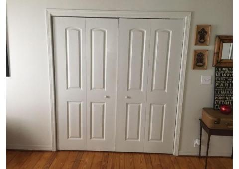 2 sets of bi-fold doors